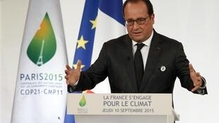 French President François Hollande at the opening of the event highlighting France's commitment to climate change, at the Elysee Palace in Paris, 10 September 2015
