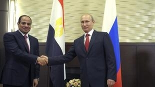លោក Vladimir Poutine និងលោក Abdel Fattah al-Sissi ក្នុងជំនួបថ្ងៃទី ១២ សីហា ២០១៤