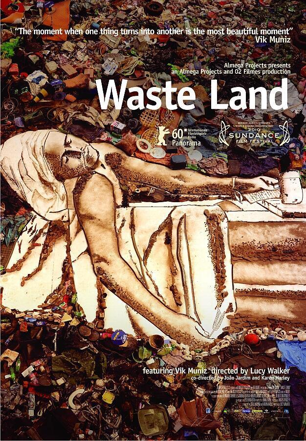 """Cartaz em inglês do documentário """"Lixo extraordinário""""."""