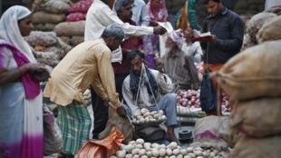A projeção de crescimento da economia  dependerá das eleições na Índia e das decisões do novo governo.