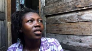 Marie-Denise Joacius et sa fille âgée de seulement 19 jours ont été ensevelies sous les décombres de leur maison pendant trois jours.