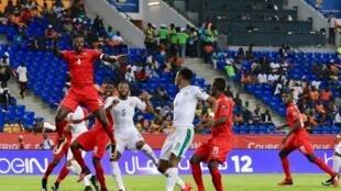 Emmanuel Adebayor et les Togolais ont mis en échec le tenant du titre ivoirien, le 16 janvier à Oyem.