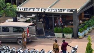 L'attaque du café-restaurant Aziz-Istanbul à Ouagadougou a fait 18 morts et une vingtaine de blessés.