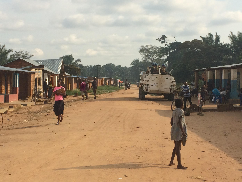 L'ONU a déployé des casques bleus à Tshimbulu, chef-lieu du territoire de Dibaya il y a quelques semaines à peine après deux affrontements meurtriers en janvier et en février 2017. Depuis, le calme est revenu dans cette localité proche de Kamuina Nsapu.