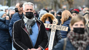 Protests against anti-virus measures continued Sunday in Berlin