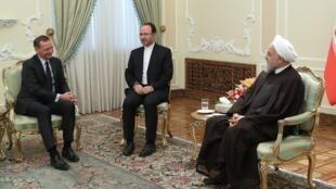 """دیدار حسن روحانی، رئیس جمهوری اسلامی ایران با """"امانوئل بُن"""" مشاور دیپلماتیک امانوئل ماکرون رئیس جمهوری فرانسه، در تهران. چهارشنبه ۱۹ تیر/ ١٠ ژوئیه ٢٠۱٩"""