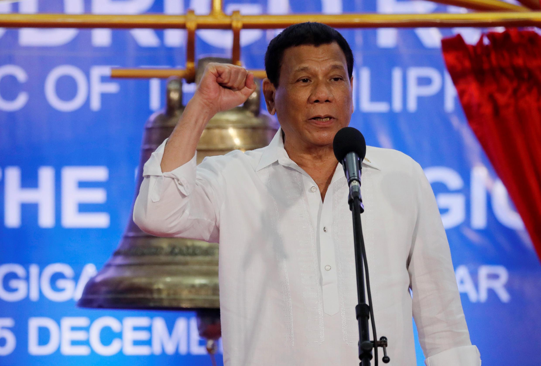 Image d'archive: Philippines: Président Duterte entend bien poursuivre sa lutte sans pitié pour mettre fin au trafic de drogue. 存档图片:菲律宾总统杜特尔特承诺坚决打击毒品交易