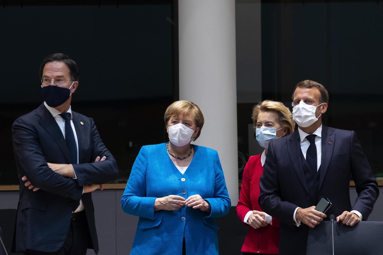 Los líderes de la UE retomaron negociaciones el lunes 20 de julio, el cuarto día de una larga cumbre.
