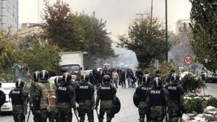فضای سنگین امنیتی بر شهرهای ایران در ششمین روز  اعتراضات