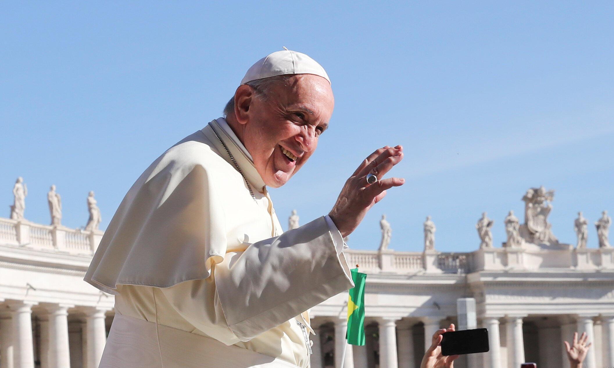 Lãnh đạo tòa Thánh Vatican giáo hoàng Phanxicô.