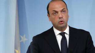 Le ministre italien de l'Intérieur, Angelino Alfano, le 28 avril 2013.
