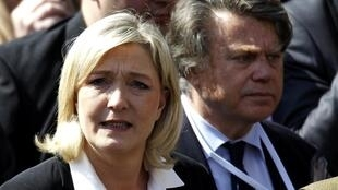 Front National candidate Gilbert Collard with party leader Marine Le Pen