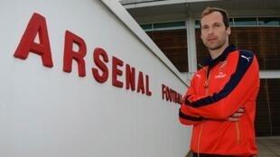 Mlinda mlango mpya wa Arsenal, Peter Cech