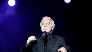 Charles Aznavour en concert au Festival d'été de Québec, le 6 juillet 2008.