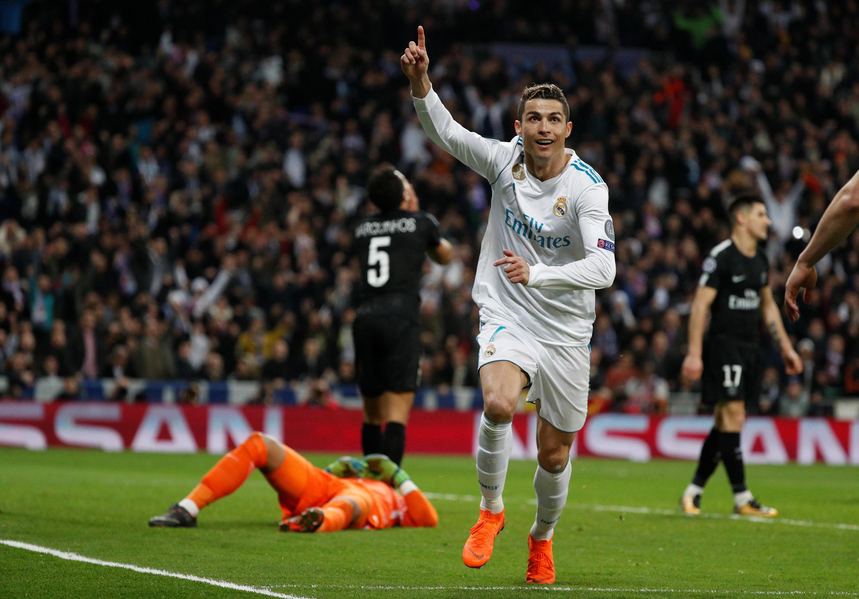 Ronaldo, bourreau des Parisiens foudroyés à Madrid.