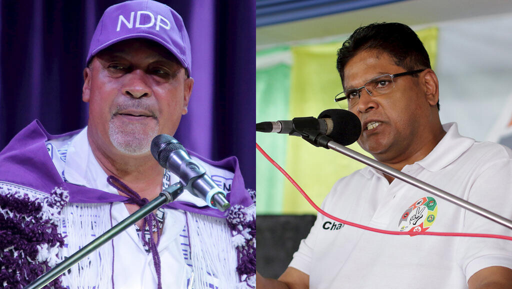 Le président sortant du Suriname Desi Bouterse (g) et son adversaire l'ancien ministre de la Justice Chan Santokhi.