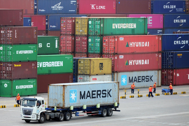As exportações chinesas sofreram forte queda em novembro