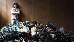 Молодой голландский изобретатель Боян Слат предлагает использовать силу течений для очистки океанов от пластикового мусора