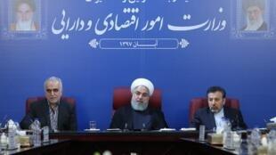 Le président iranien Hassan Rohani a prévenu, le jour même de l'entrée en vigueur des sanctions américaines ce 5 novembre, que l'Iran allait les contourner.