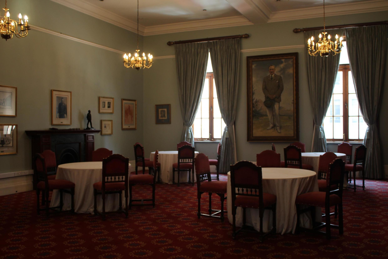 Salle Cecil Rhodes au sein du Rand Club, à Johannesburg.