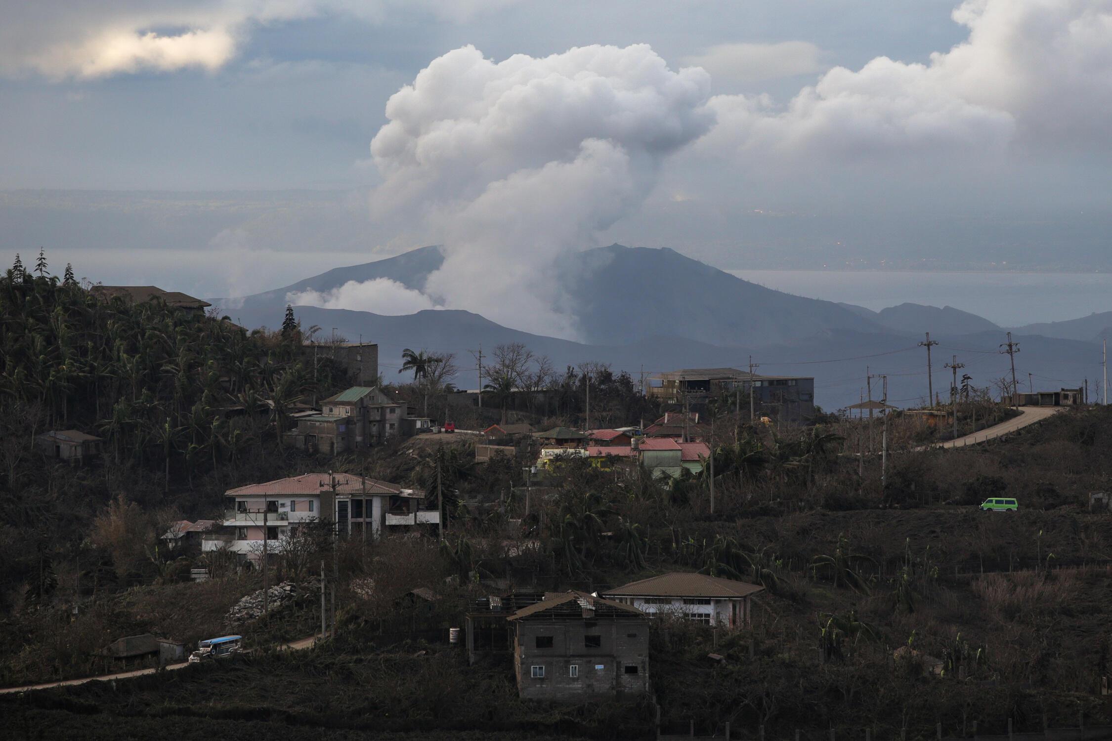 菲律賓塔阿爾火山