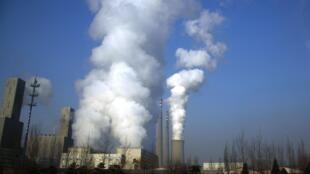 Une centrale de charbon à Pékin.
