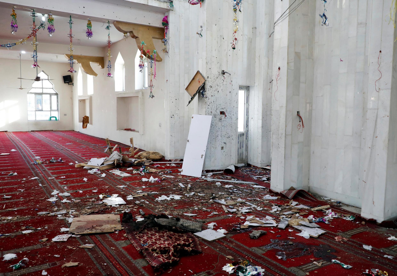 """در پی انفجار در مسجد """"التقوا"""" واقع در ناحیه نهم شهر کابل، امام جماعت این مسجد نیز کشته شد. جمعه ٣ جوزا/ ٢٤ مه ٢٠۱٩"""