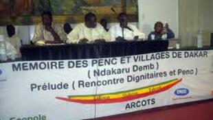 Ici, rencontre des dignitaires pour la 3ème édition du festival de Mémoire des Penc et des villages de Dakar, dédié au patrimoine Lébou.