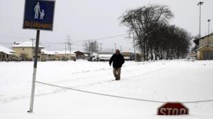 Imagem desta quarta-feira mostra os efeitos da onda de frio no nordeste da Grécia, fenômeno que continua a ameaçar a Europa.