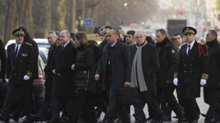 Représentants du gouvernement français et de la mairie de Paris ont rendu un hommage sobre aux victimes des attentats de janvier 2017, deux ans après la tragédie.