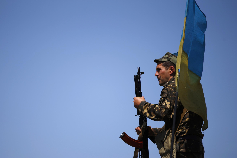 gwamnatin Ukraine ta kaddamar da yaki da 'Yan a ware da ke kishin rasha a gabacin kasar
