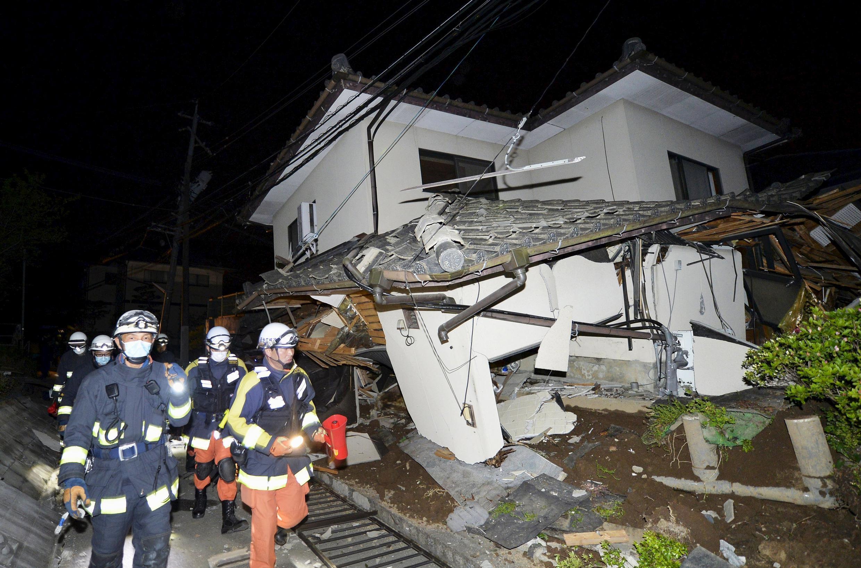 Casa atingida pelo terremoto em Mashiki, em Kumamoto.