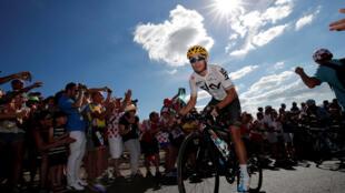Tour de France là cuộc đua đường trường khắc nghiệt, vắt kiệt sức lực của các vận động viên.