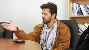فهیم دشتی روزنامهنگار و تحلیلگر افغان مقیم کابل