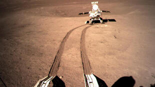 月球车玉兔二号周五成功被唤醒 开始探索月球背面