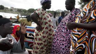 Au Sénégal, les retraités doivent continuer à travailler pour subvenir aux besoins de leurs familles.