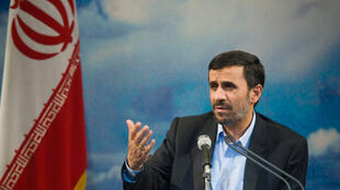 La réélection contestée du président iranien Mahmoud Ahmadinejad en 2009 a été à l'origine du mouvement vert.
