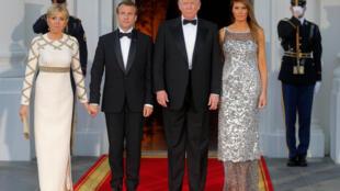Tổng thống Mỹ Donald Trump và phu nhân Melania Trump tiếp đồng nhiệm Pháp Emmanuel Macron và phu nhân Brigitte đến dự dạ tiệc tại Nhà Trắng ngày 24/04/2018.
