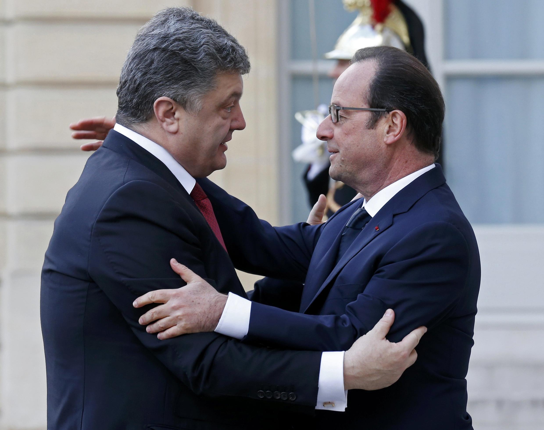 Le président ukrainien Petro Porochenko et François Hollande à l'Elysée.