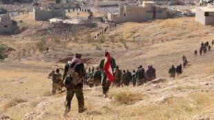 Les peshmergas avancent vers Sinjar, ce 13 novembre 2015.
