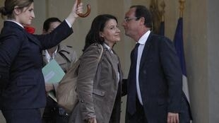 President François Hollande and Cécile Duflot, head of the Green Party , after talks at the Elysee Palace, 7 June, 2012