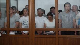 Подсудимые на процессе по событиям в Жанаозене 4 июня 2012 г. (источник - сайт lada.kz)