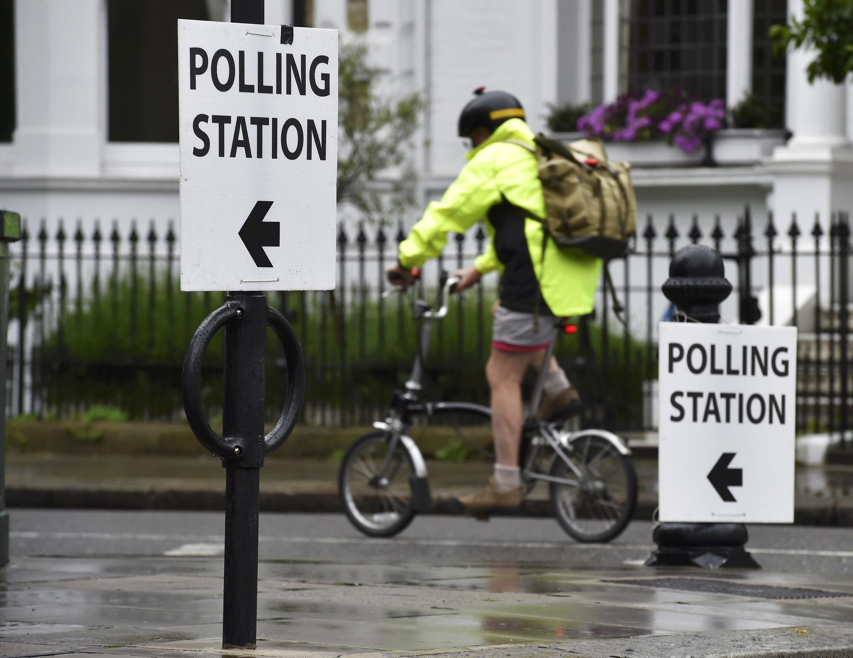 Một điểm bỏ phiếu trưng cầu dân ý tại Luân Đôn về việc đi ra hay ở lại Liên Hiệp Châu Âu.