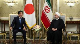 伊朗总统鲁哈尼在德黑兰会晤到访的日本首相安倍 2019年6月12日