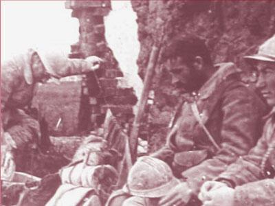 Soldats de la Grande Guerre après la bataille (collection privée, détail).