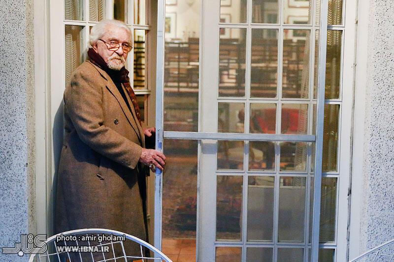 داریوش شایگان، دیماه ١٣٩۶ در خانهاش در تهران