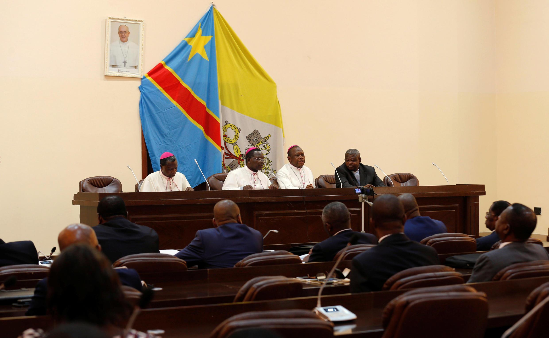 Les évêques de la Cenco, à Kinshasa, le 21 décembre 2016.