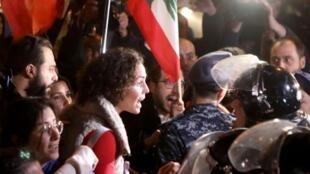 Les manifestants réclament un gouvernement de technocrates et d'indépendants qui ne seraient pas issus de la classe politique traditionnelle, Beyrouth, le 4 décembre 2019.
