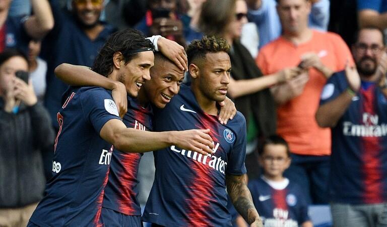 Edinson Cavani, Kylian Mbappé e Neymar são as três estrelas do Paris Saint-Germain.