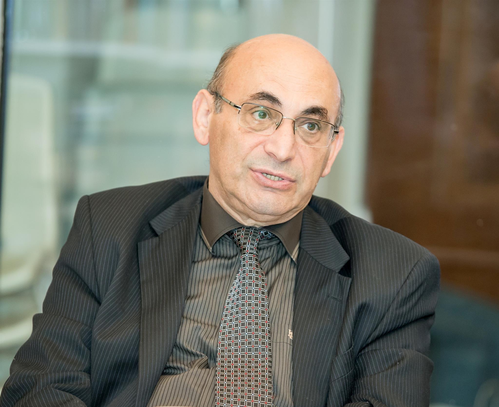 Ариф Юнусов